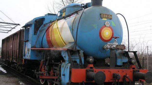Parna lokomotiva v enoti TE-TOL.