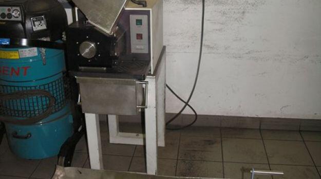 Grobi mlin za mletje premoga in trdnih biogoriv.